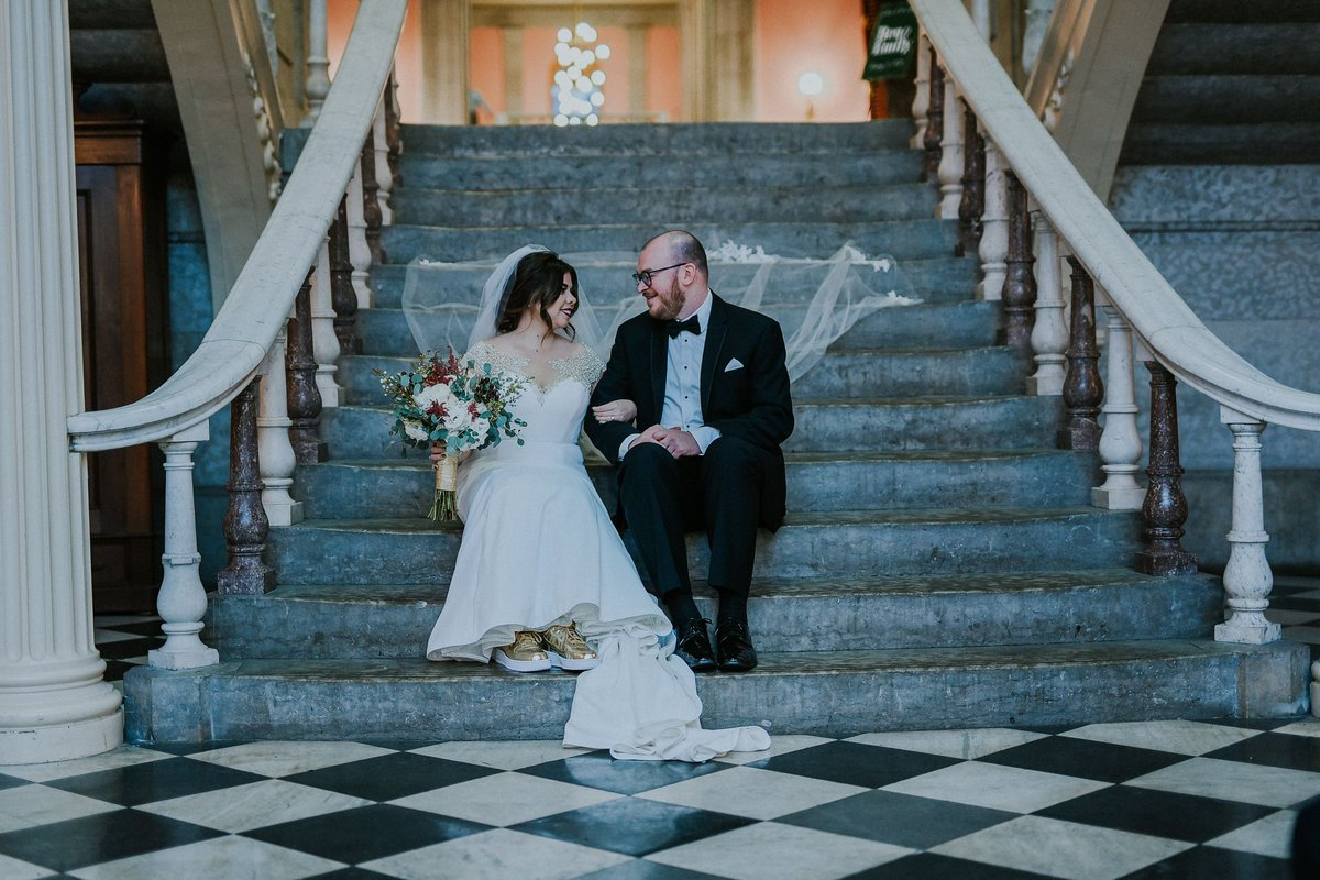 Here's a #flashbackFriday to an early-2020 wedding. Looking forward to when we can all be so carefree again!  *** Photo: Emily Mollineaux Photography Venue: @OhioStatehouse Bride: Mary Elizabeth's Bridal Groom: @menswearhouse Florist: @flowermantweets