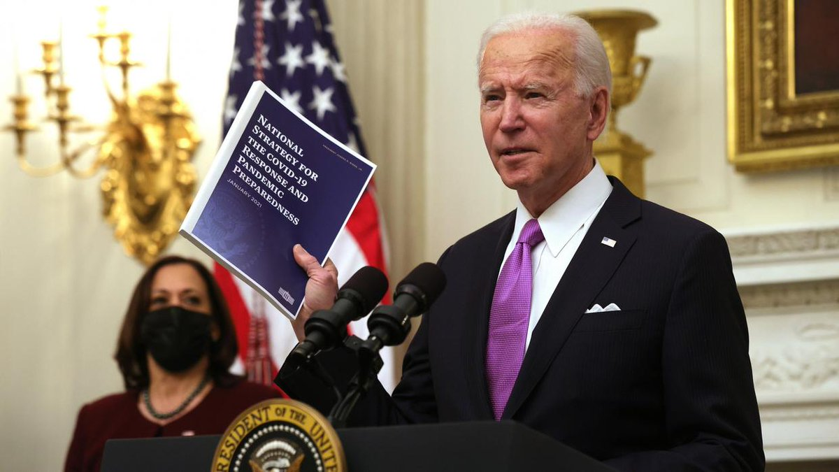 Ayuda financiera, vacunas y cubrebocas: arrancó la estrategia contra la pandemia del gobierno de Biden.