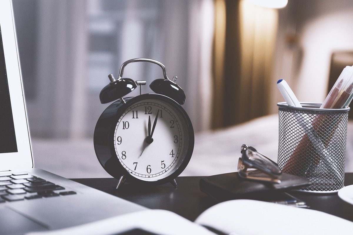 """""""It's not about having enough time, it's about making enough time.""""― Rachael Bermingham #FridayFeeling #MakingTime"""