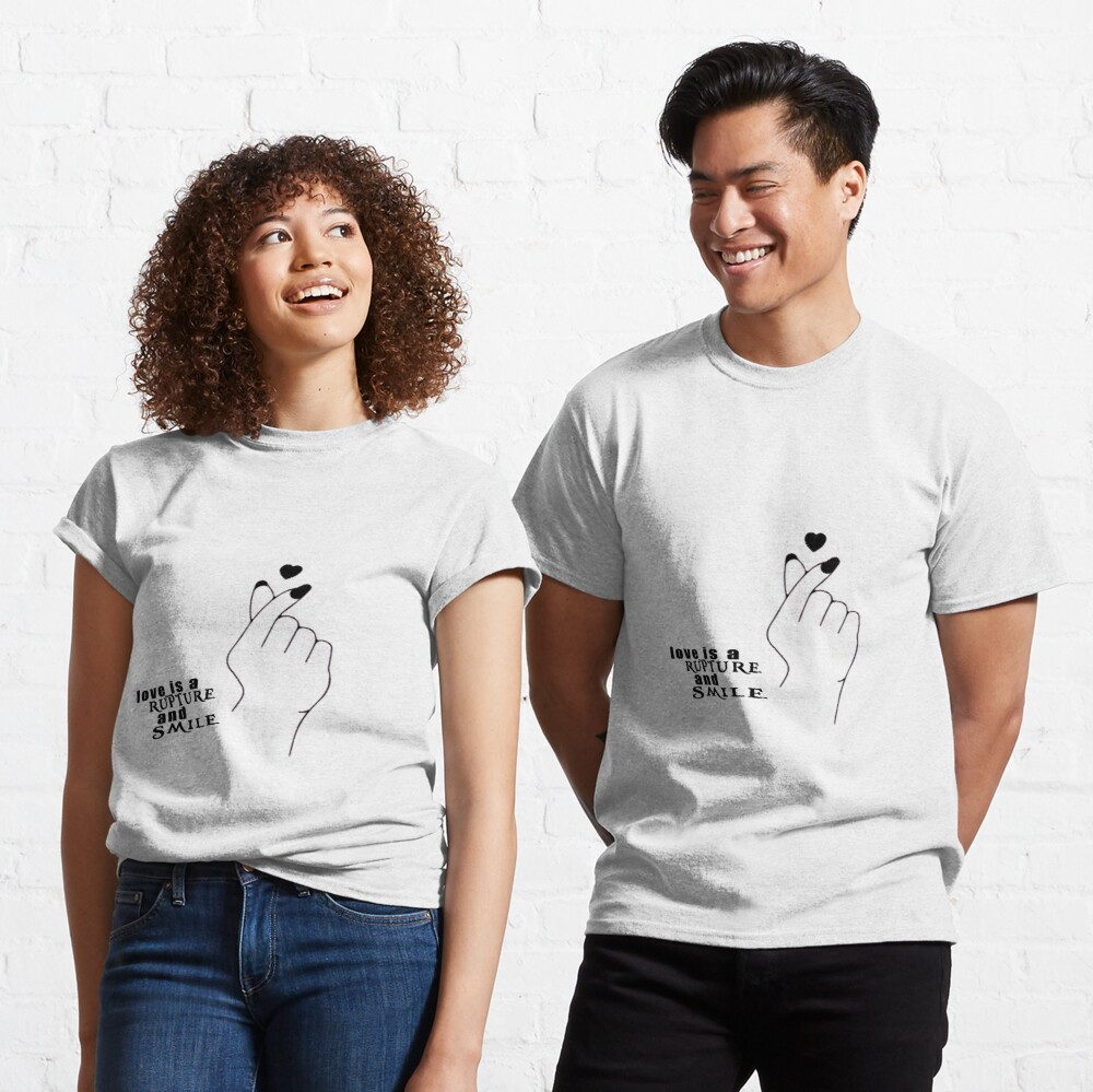 Love is a rupture and smile t-shirt, love shirt, Cool shirt😍 link in my bio...⏰🤗 #ImpeachBidenNow #fridaymorning @sabrina @Shaq #FridayThoughts @Ashanti #FlashbackFriday #FridayVibes @FinallyFriday @Neji #AESOCON @Usher #Verzuz @Keyshia