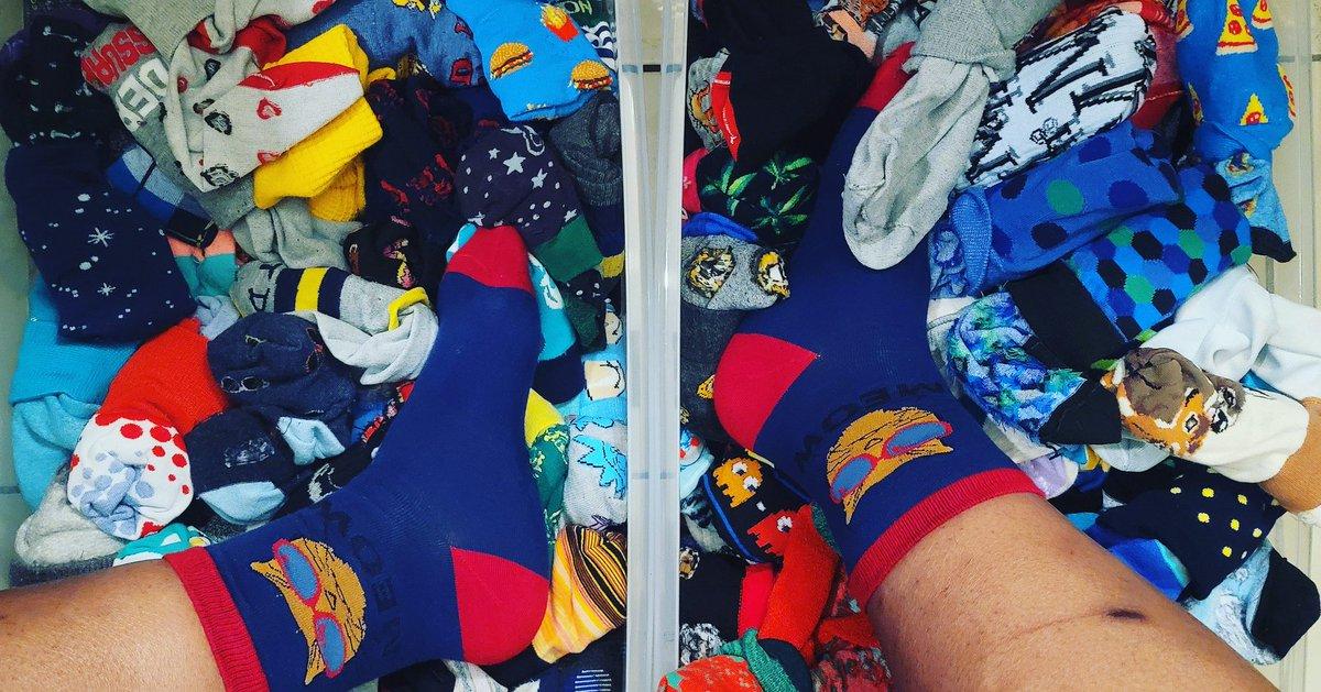 2kewl 4skul #bebold #audacious #sockgame #sockaholic #socksoftheday #sotd #sock #socks #feet #sockswag #sox #soxy #sockfetish #socklovers #sockgang #sockproblems #sockaddict #funkysocks #happysocks #pairofthieves #funsocks #mensfashion #blackmenfashion #likelike #FridayVibes