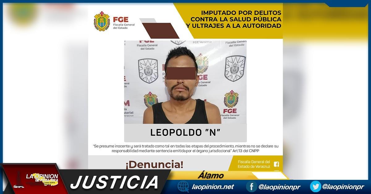 Legalizan la detención de Leopoldo, el sujeto que navajeó a los ministeriales que lo cacharon con 16 bolsas de mariguana en #Álamo #LaOpiniónDePozaRica  Entérate más aquí 👇👇👇