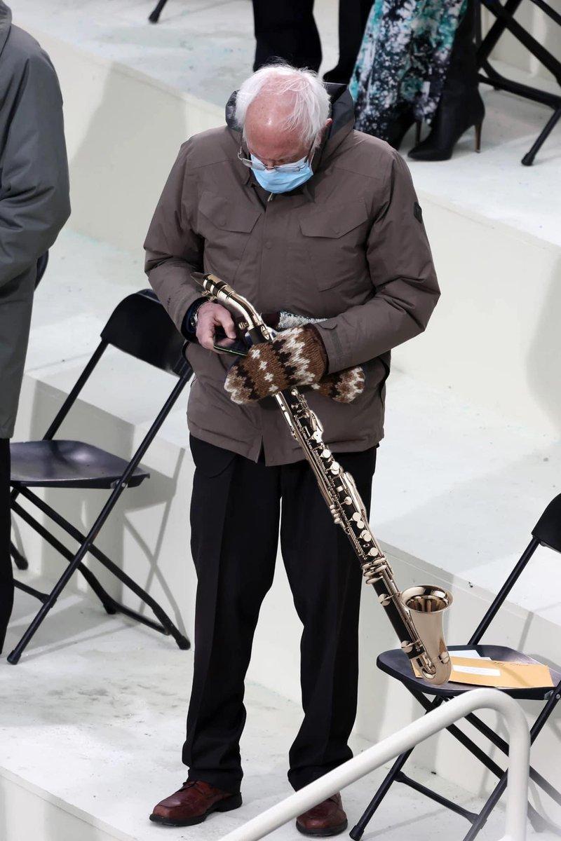 Bernie is ready to play the alto clarinet #Berniememes #BernieSanders