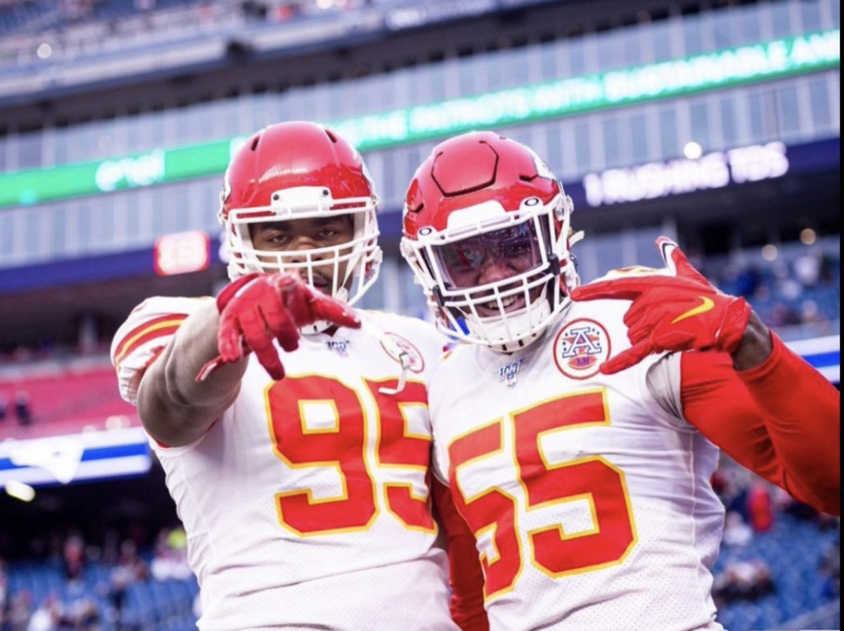 Replying to @ArrowheadLive: These two are gonna give Josh Allen fits on Sunday😈  #Chiefs | #ChiefsKingdom