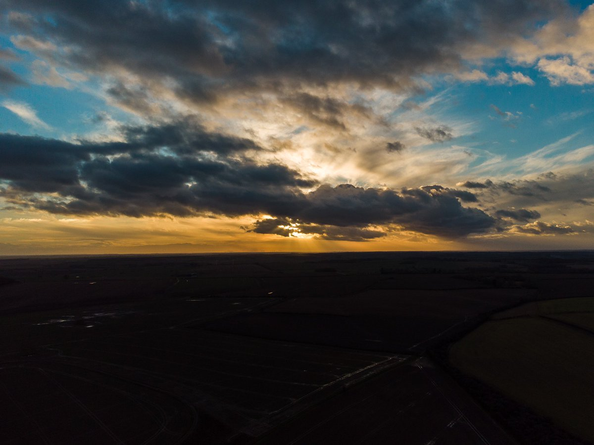 This evenings sunset. #dji #DJIMini2 #huntingdonshire #peterborough #cambridgeshire #dronephotography #drone #sunsetphotography #sunset #HappyFriday #GoodVibes