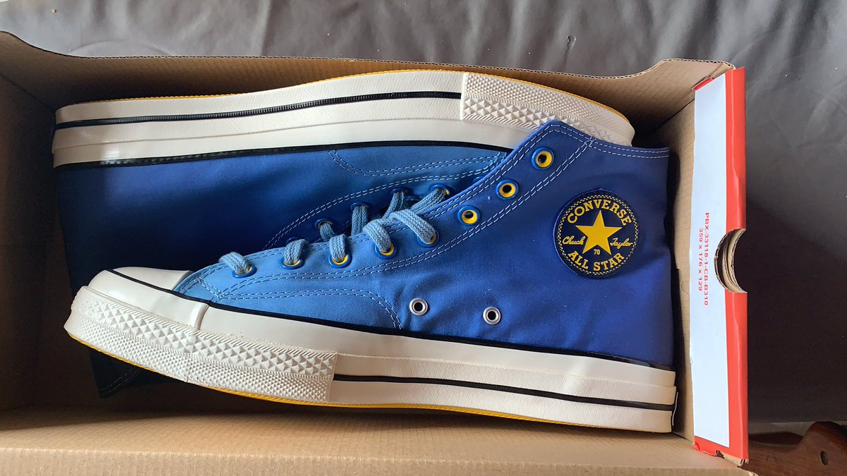 @akilbello I also got a pair with Warriors colors.