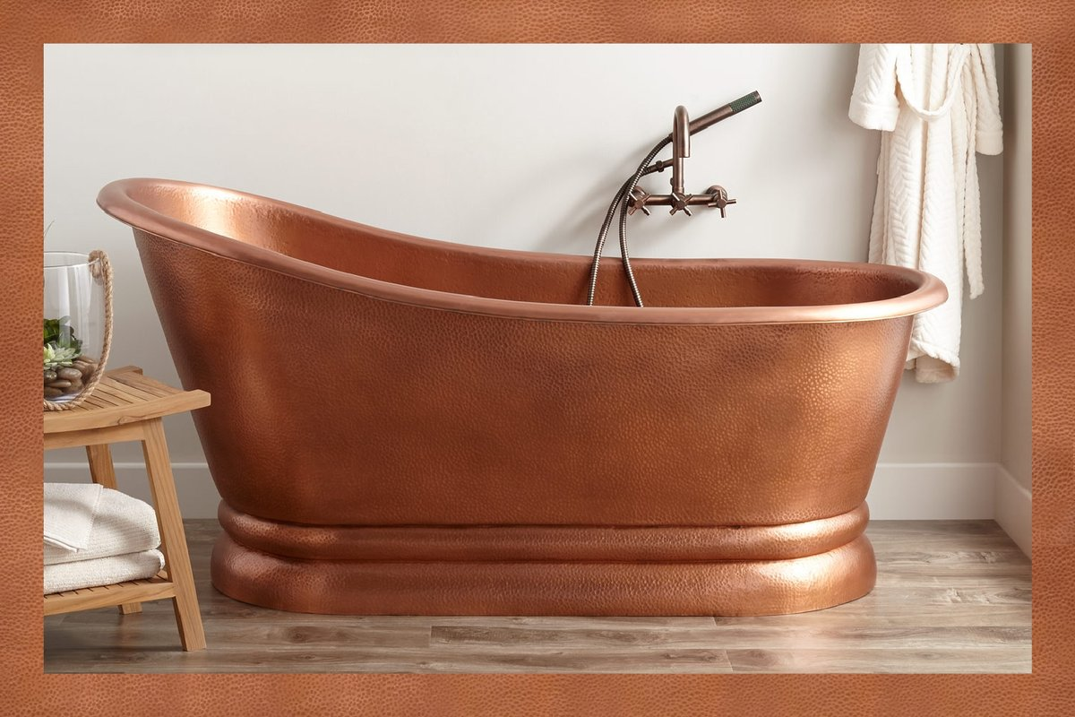 Each of our copper tubs is unique because they are handmade like our exquisite Paxton Hammered Copper Slipper Pedestal Tub. Select your favorite style and pair it with the faucet you fancy. Shop for copper tubs now: https://t.co/QxTIJuiSoA #bathroominspo #homedesign #masterbath https://t.co/gJ4PNbytyQ