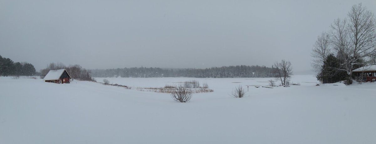 Another #snowy day at Marsh Bay Resort today ❄. Hope everyone has an awesome #Friday and a wonderful #weekend 😊🥳. @weathernetwork @MurphTWN @NicoleKarkic @KMacTWN @jwhittalTWN @martaczur @SnowHour @StormHour #ShareYourWeather #snow #Snowing #ONStorm #PositiveVibes #ABetterTime