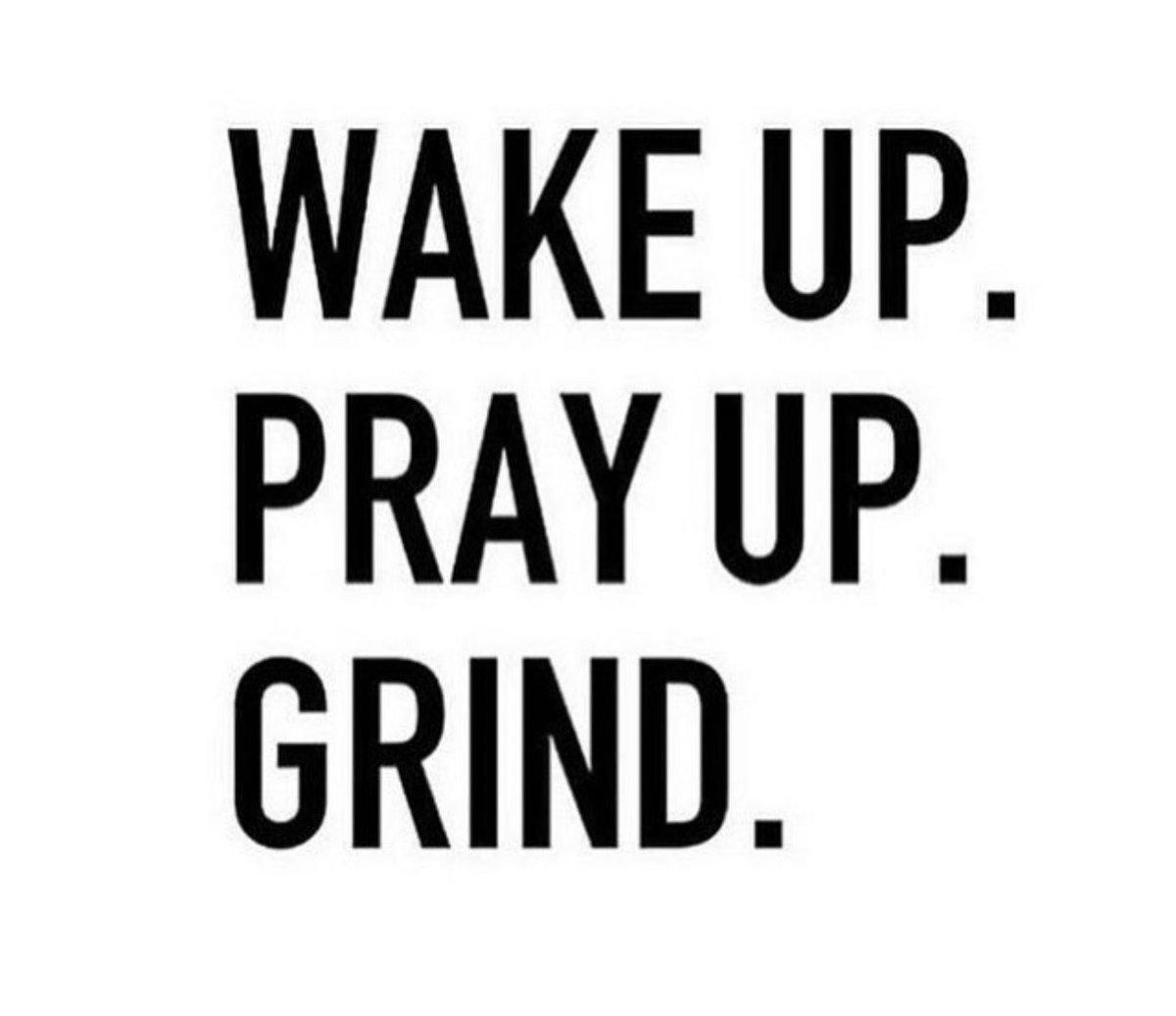 𝗛𝗮𝗽𝗽𝘆 𝗙𝗿𝗶𝗱𝗮𝘆!✨ #tgif #fridayvibes #fridayfeeling #pray #grind