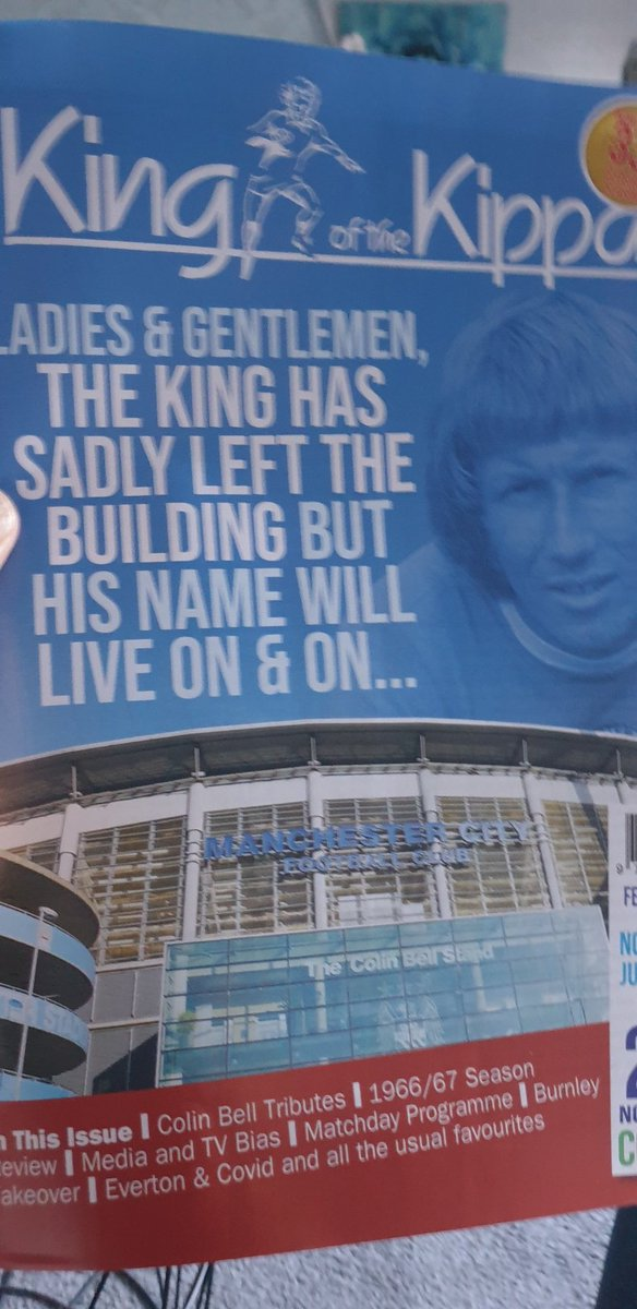 Just received my King of the Kippax special edition Colin Bell. This will be going away safely after being read. https://t.co/02bBSlWVAu