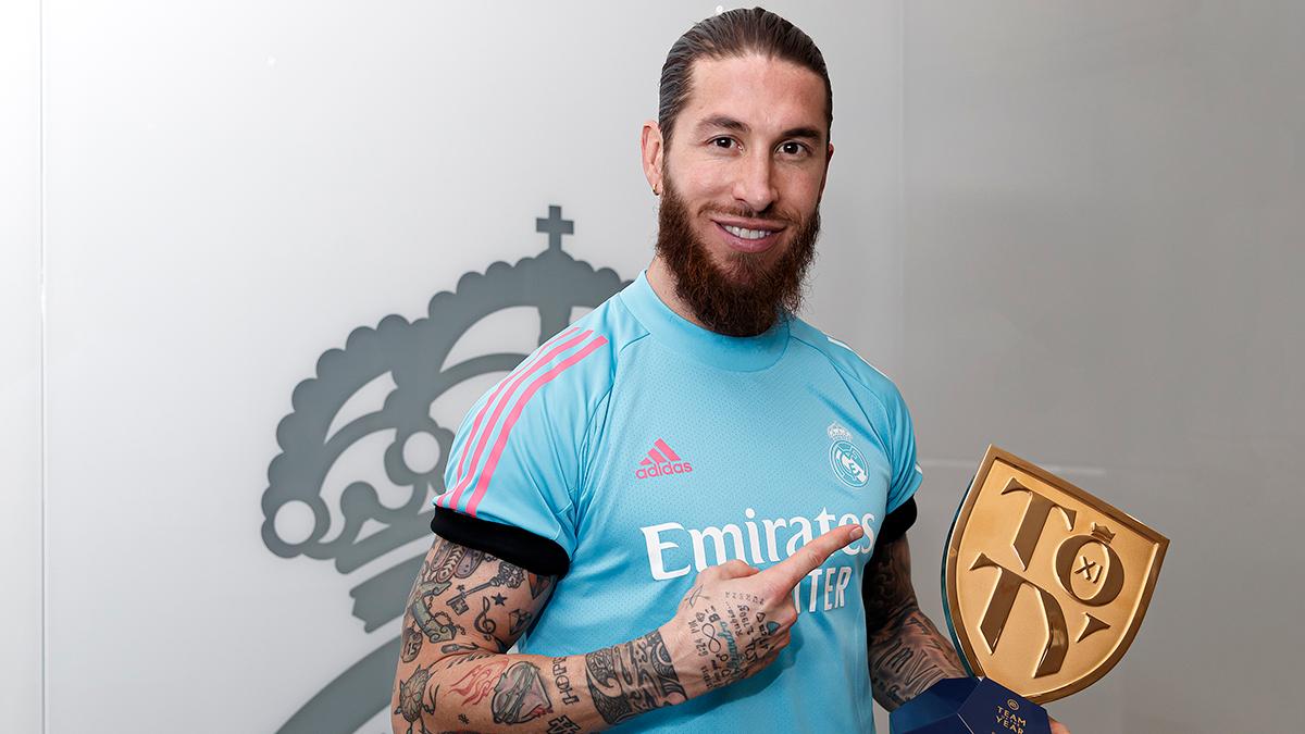 ©️🔝👏 ¡Felicidades a nuestro capitán, @SergioRamos, por formar parte del #TOTY de #FIFA21!