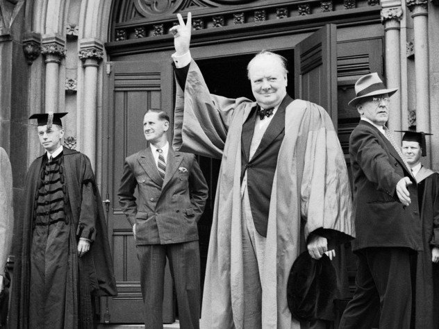 #OnThisDay Prime Minister Winston Churchill, the first honorary citizen of the United States, died in 1965.  📸 In 1943, Churchill visited @Harvard to pledge support for 🇺🇸🇬🇧 alliance. He later coined the term #SpecialRelationship, beginning a new chapter in British diplomacy.