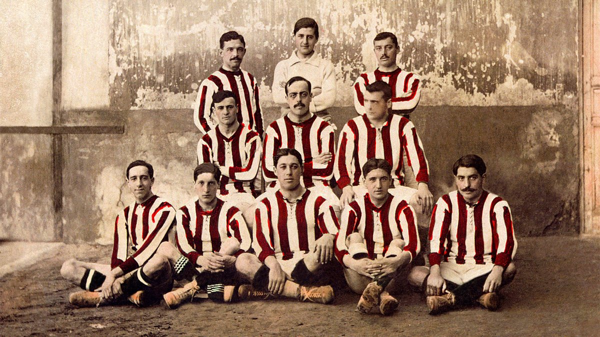 📚🏧 #RedAndWhiteThrowback  👕 #OnThisDay in 1911, we wore Red & White for the first time❗️❕  🔴⚪ #AúpaAtleti