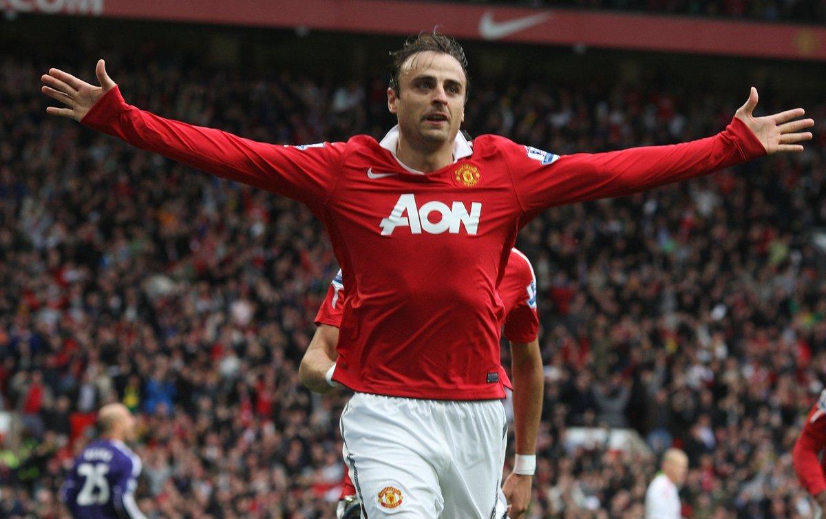 👤 Dimitar Berbatov 👕 Man Utd 📅 19 September 2010 🆚 Liverpool ⚽️ 42' ⚽️ 59' ⚽️ 84'
