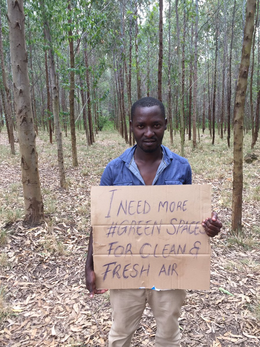 This is my Week 72 of climate strikes with problems of internet shut down in Uganda but also with good news of coming back to the #ParisAgreement #ParisClimateAgreement which is gonna help solve climate catastrophes also in the global south #FridaysForFuture #ClimateAction