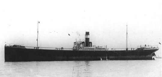 #OnThisDay in 1917, British merchant steamer SS Matheran approached Cape Town carrying a cargo of salt, industrial supplies, mail and racehorses, when she was sunk by a mine from the prolific German raider SMS Wolf. Find out more about her story here: