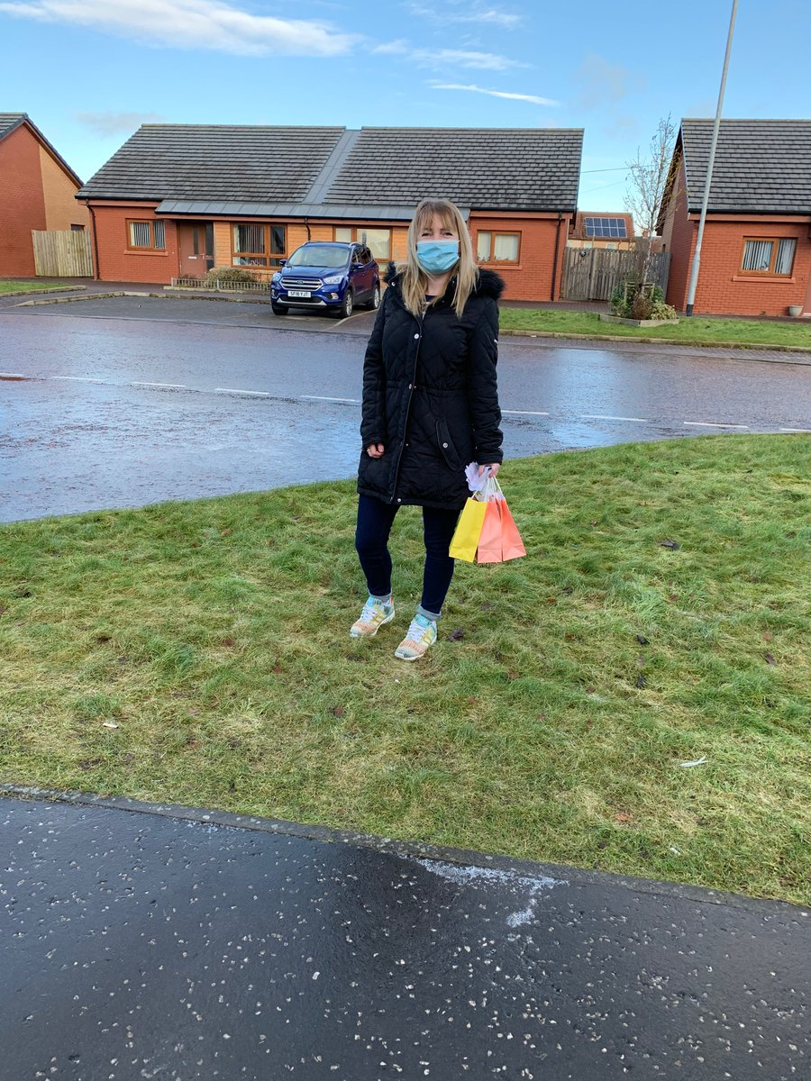 Miss Wotherspoon and Ms Gordon had a wonderful morning delivering activity bags to our S1 group. Seeing their smiley faces really made our day. #kindness #FridayFeeling @IrvineRoyalAcad