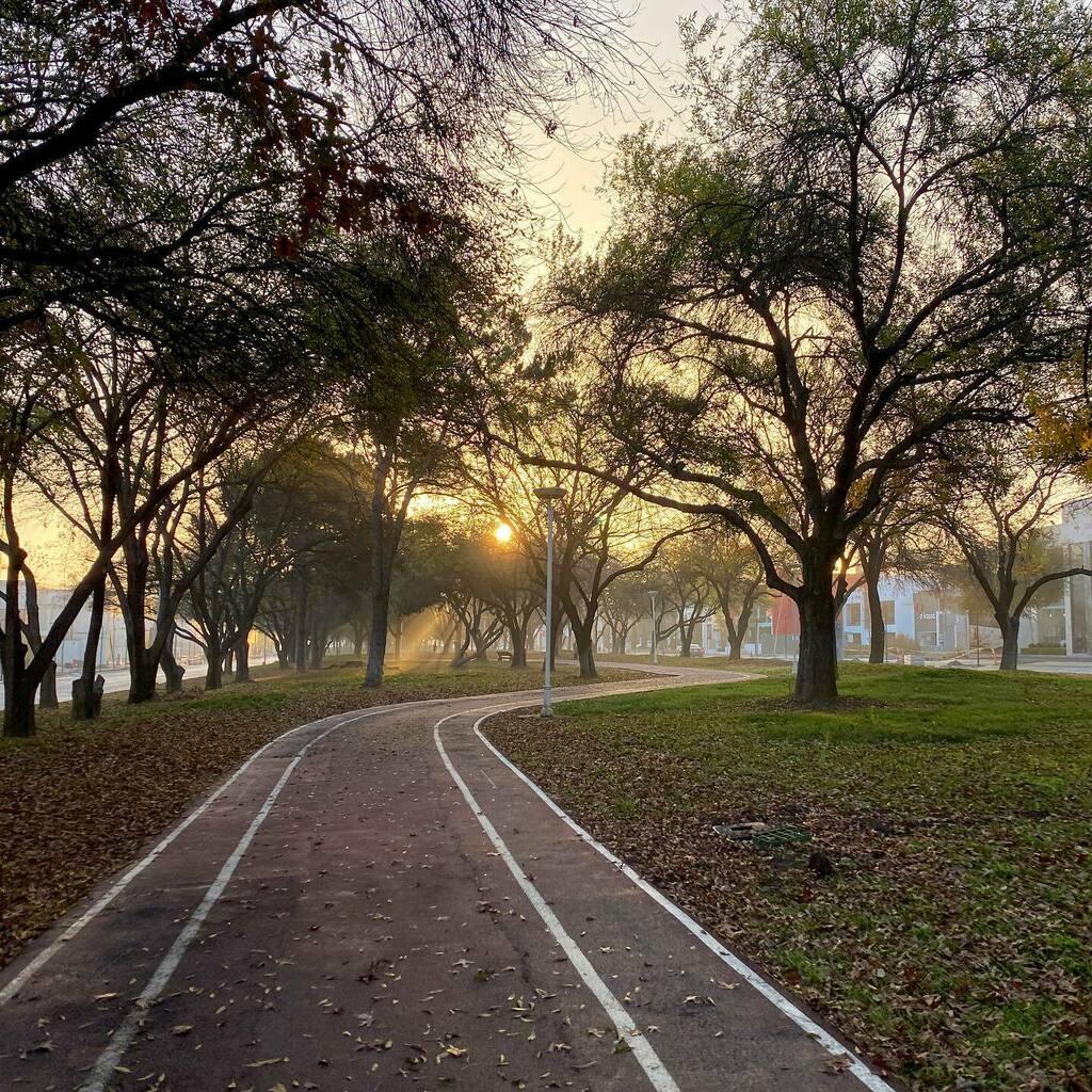 Echándole ganas.  ___________________ #running #instarunners  #runner #nikerunner #nikerunning #parquefundidora #monterrey #vsco #vscocam #vscorun