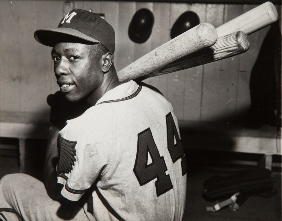 wow #RIPHankAaron - a hero to many of us - one of the greatest players of all time true #legend - he will be missed #Hammer #HammerinHank #HankAaron #Milwaukee #Braves #Brewers #Clowns #NegroLeagues