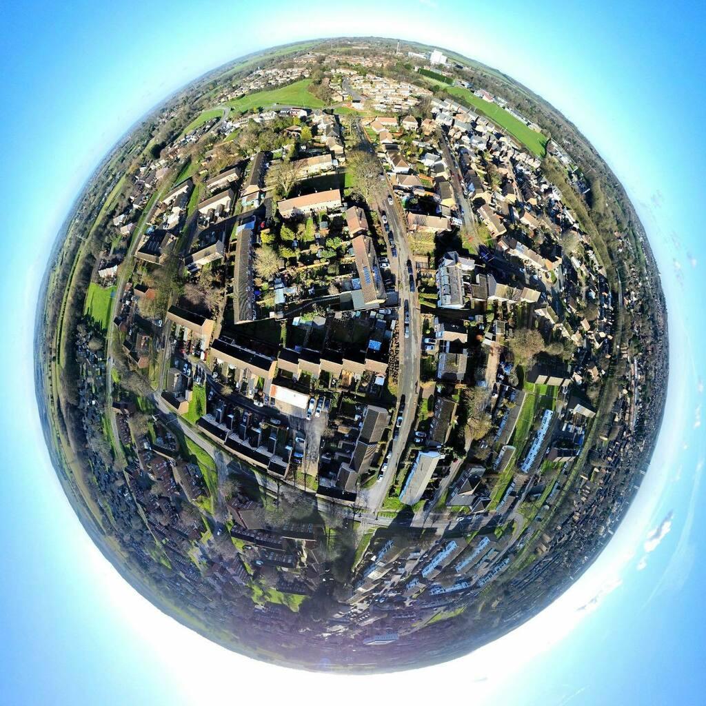 Nice day for it.   #stevenage #LittlePlanet #TinyPlanet #LifeIn360 #DJImini2 #AerialPhotography