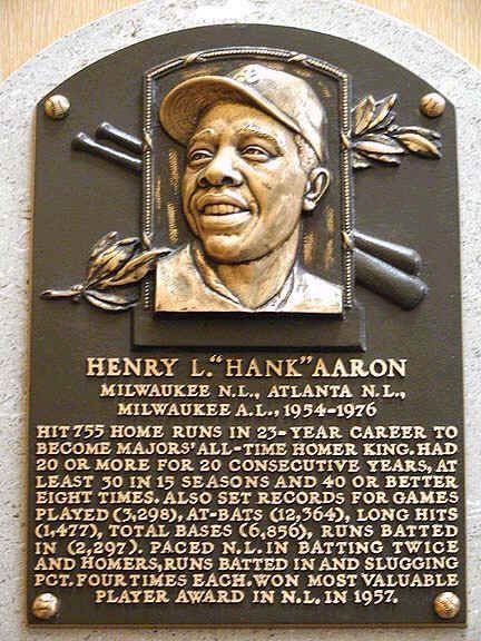 """You don't have to be from ATL to appreciate the greatness of Hank Aaron. But if you are, your sense of pride hits just a little bit different.   Rest well Hammerin Henry """"Hank"""" Aaron ⚾️🕊🙏🏻  #HankAaron #Legend"""