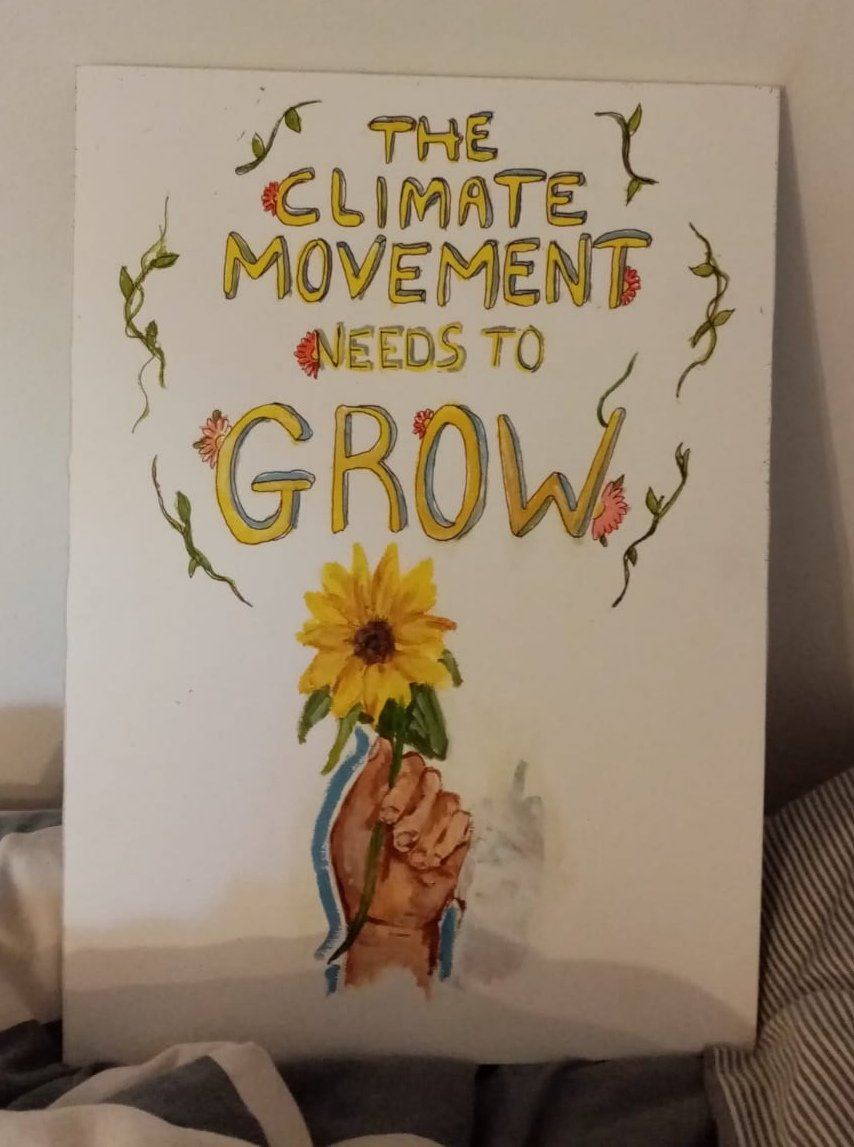The climate movement needs to grow, not just in numbers but in inclusivity! #FridaysForFuture #FaceTheClimateEmergency ♥️🌻🌻