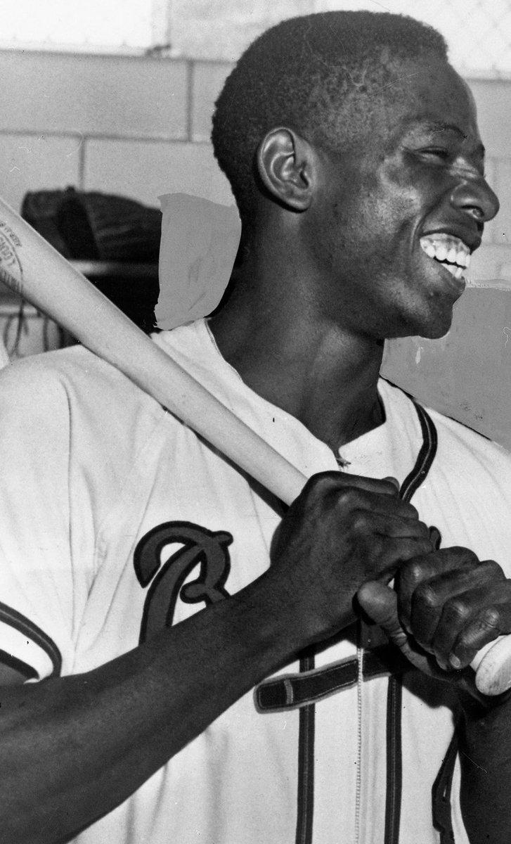 Heaven got a good one today. Rest easy, Hank. #Atlanta #Legend