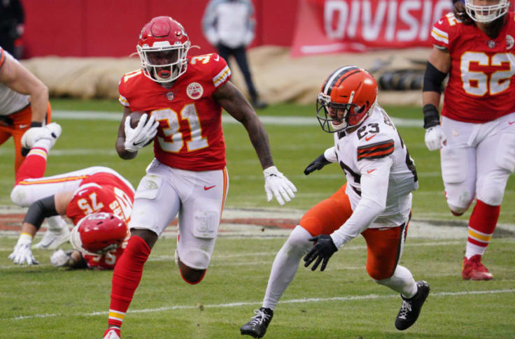 Darrel Williams last weekend vs. the Browns  13 carries 78 rushing yards 6.0 YPC 16 yards for a longest run 4 rushing first downs 4 rec 16 receiving yards 4.0 YPR 9 yards for a longest reception 2 receiving first downs  @ChiefsFocus @JpChiefs #ChiefsKingdom @darrelwilliams_