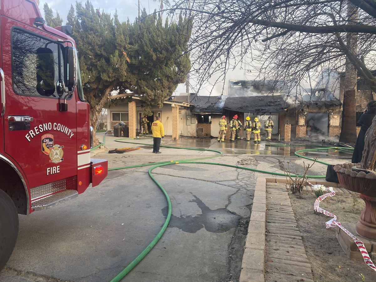 Residential Fire 8000Blk Clarkson (Selma) 3000 sqft well involved. Crews now overhauling. 4 occupants evacuated . #Redcross assisting. #kingsburgfire & #kingscountyfire . No injuries, cause under investigation.