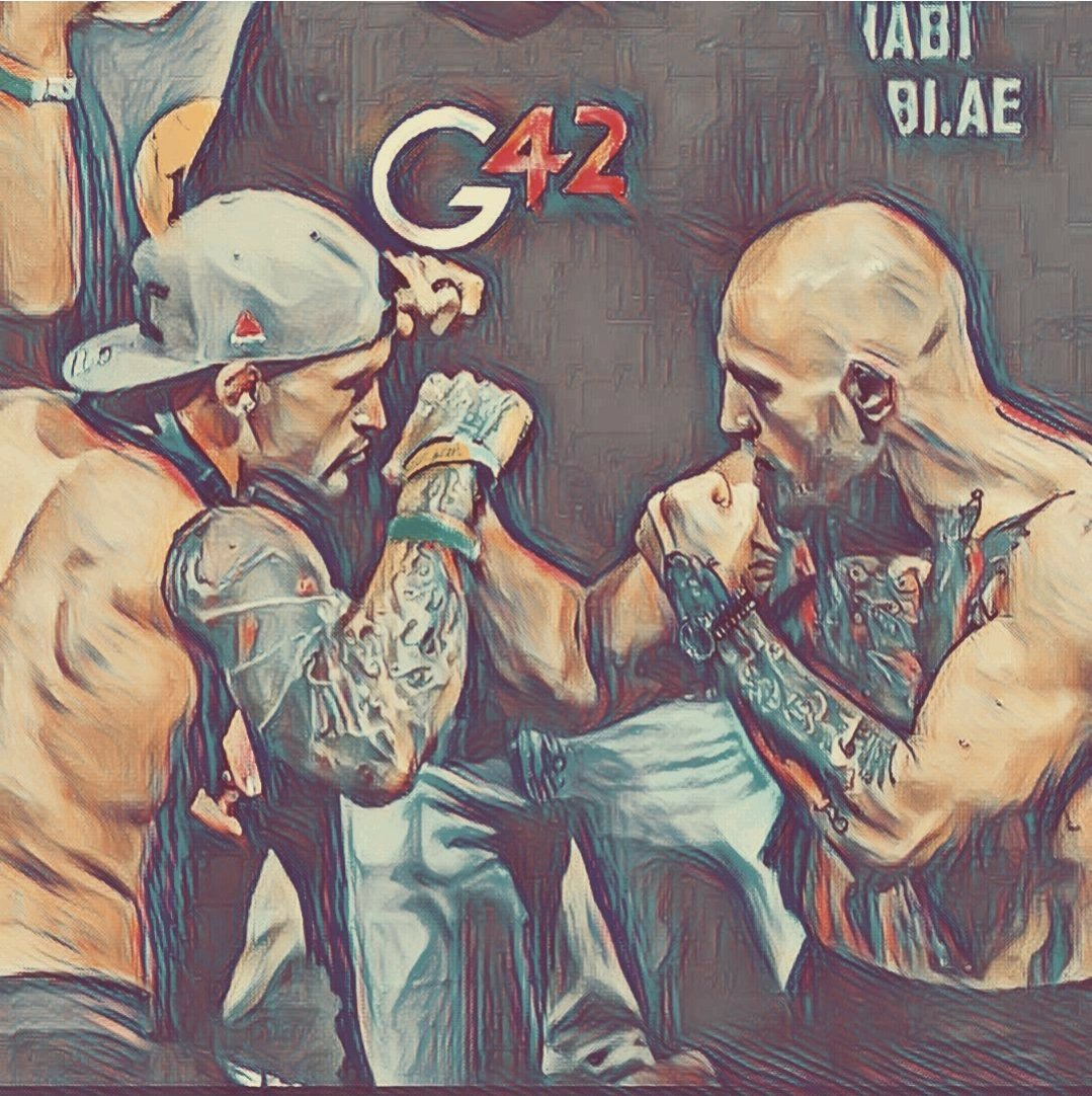 @TheNotoriousMMA @DustinPoirier  Best Square up hands down, Good luck to you both. #UFC257
