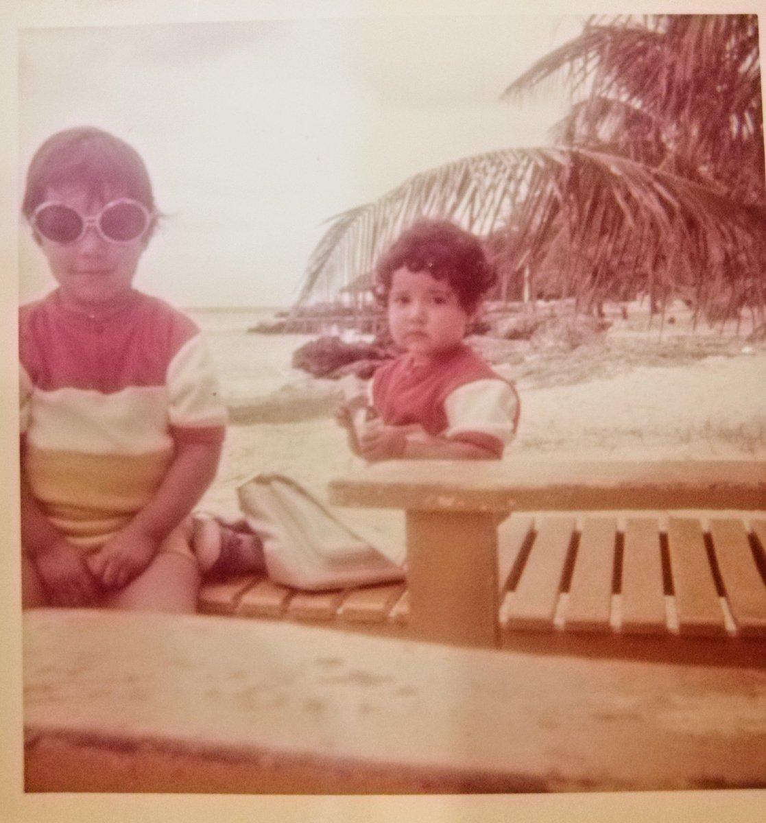 Seguiré por aquí también, Cita este tuit con una foto de tu infancia, yo de lentes 😎