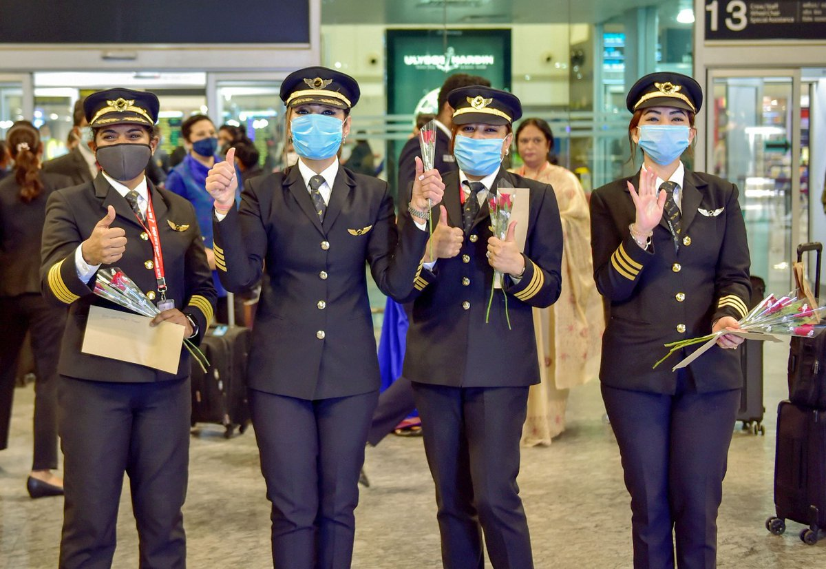 #AirIndia: il primo #volo pilotato da sole #donne è anche #green! #India #mobilitasostenibile