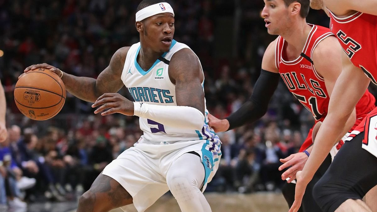 How are your bets looking tonight?  #Bulls +130 #Hornets -3 -110  #Magic +155 #Pacers -4 -110  #Rockets +125 #Pistons -2½ -110  #Celtics +160 #76ers -4½ -110  #Heat +130 #Raptors -3 -110  All games here: