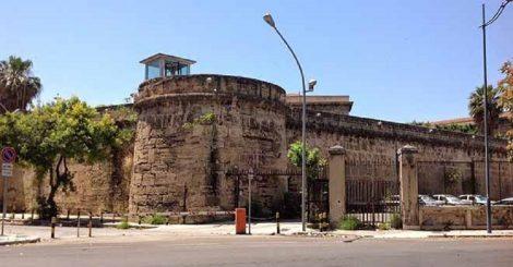 Agente della polizia penitenziaria aggredito all'Ucciardone da un detenuto - https://t.co/uRJRkdlAev #blogsicilianotizie
