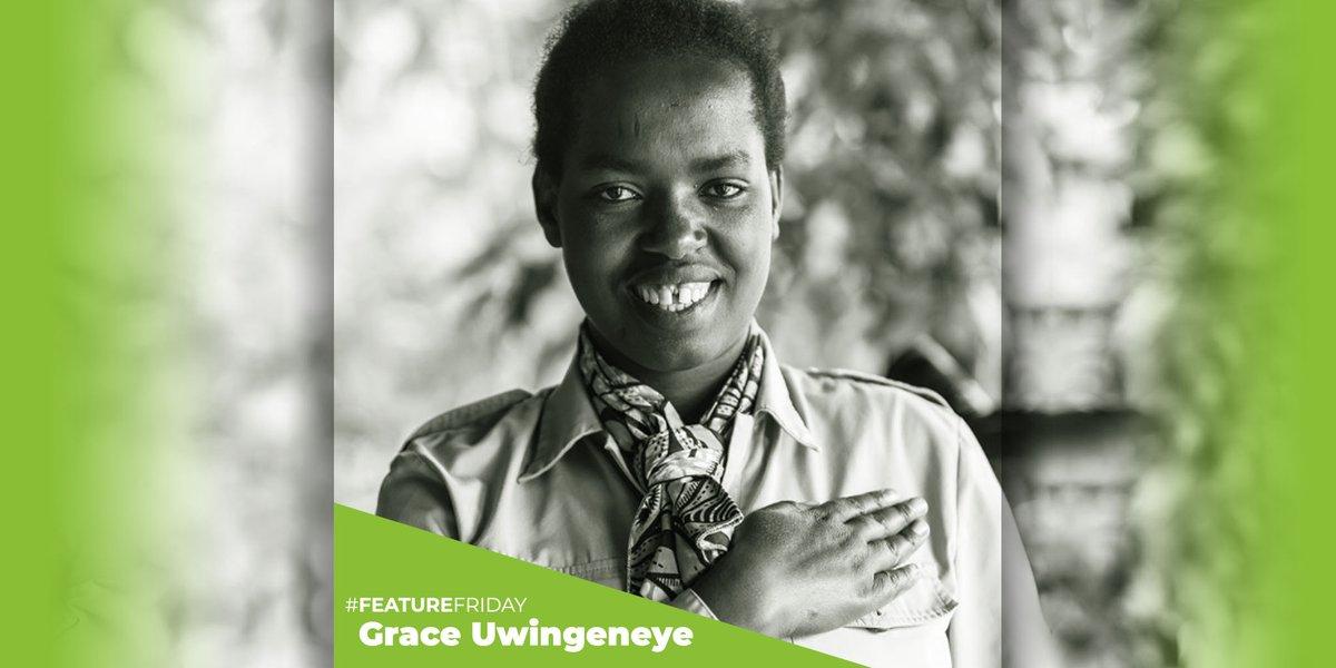 Grace Uwingeneye is a committed conservationist helping people help animals in Southern #Rwanda. We're impressed! 📷:@ooresorts @CoErwanda @TheWCS #weneedgorillas #conservation #education #volunteer #dedication