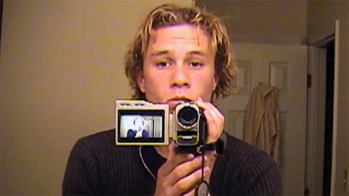 """""""i only do this because i'm having fun. the day i stop having fun, i'll just walk away.""""  13 years without heath ledger :("""