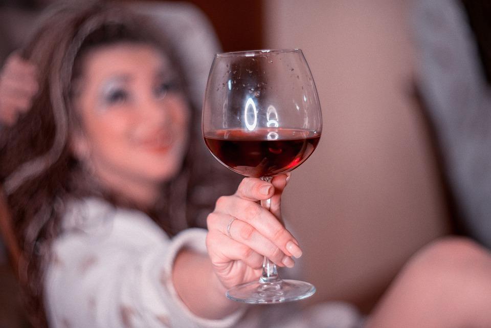 Headache-Stricken Bainbridge Woman Wonders if it Has Something to Do With All This Wine She's Drinking https://t.co/exGbDEPblo
