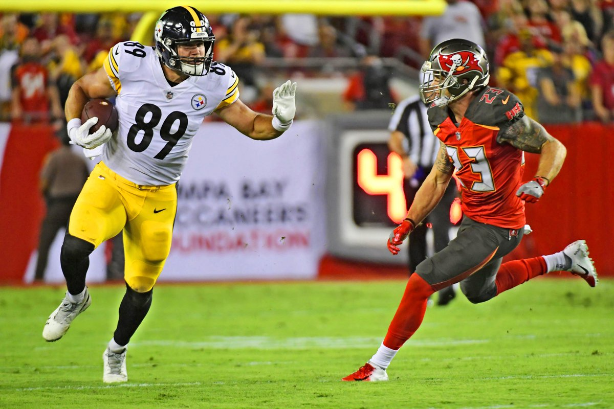 In his four seasons with the #Steelers, Vance McDonald registered 117 receptions, 1,170 receiving yards, and eight touchdowns.  #Vanimal #SteelersNation #HereWeGoSteelers
