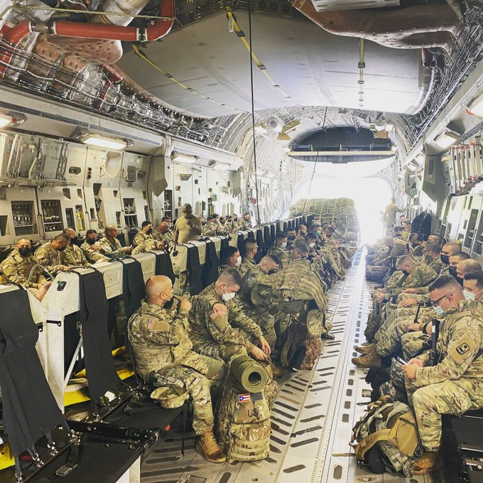 #latinos   You see the soldiers in this picture?National Guardsmen from Puerto Rico,citizens,coming to WashingtoDC to defend Commander in Chief they could not vote for,DemocraticFederal Republic in whichThey areDenied representation inCongress or aPresidentialVote #TheView