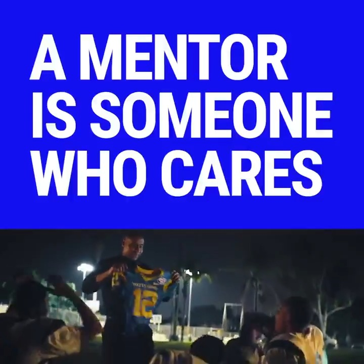 It's #NationalMentoringMonth! The 11 teams of @theLAalliance create mentoring programs to impact young lives. Who has made a difference in your life?    🗣️ Shout out a mentor who should be celebrated! #TheAllianceLA
