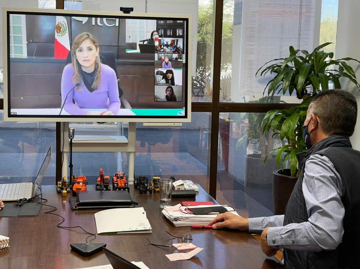 Las reuniones de trabajo entre la #SIOP y el @ITEIJal siempre son muy provechosas y sé que así seguirán, tal como la que sostuvimos este mediodía vía virtual. https://t.co/oGm405w3Br