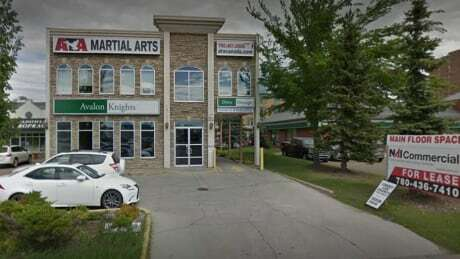 Sex-related charges withdrawn against former Edmonton martial arts instructor cbc.ca/news/canada/ed…