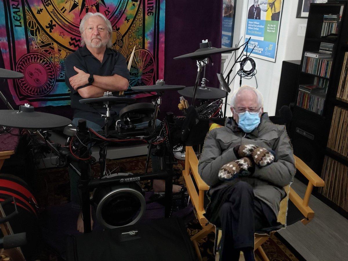 jammin' in the loft with Bernie today . . .  @BernieSanders  @SenSanders  #Jammin  #jamminwithBernie #MusicIsLife  #musicismagic  #WritingCommunity #FF  #followFriday