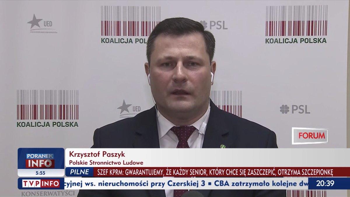 """💬 W 2018 r. przygotowano dokument pt. """"Narodowy Program Promocji Szczepień"""". Tam wpisano apteki jako potencjalne punkty szczepień. My jako @Koalicja_PL wskazywaliśmy na podobne rozwiązanie od tygodni. Rząd @pisorgpl sam jednak nie wie co robi.   🍀@KrzysztofPaszyk 📺@tvp_info https://t.co/6vefCCH8Hx"""
