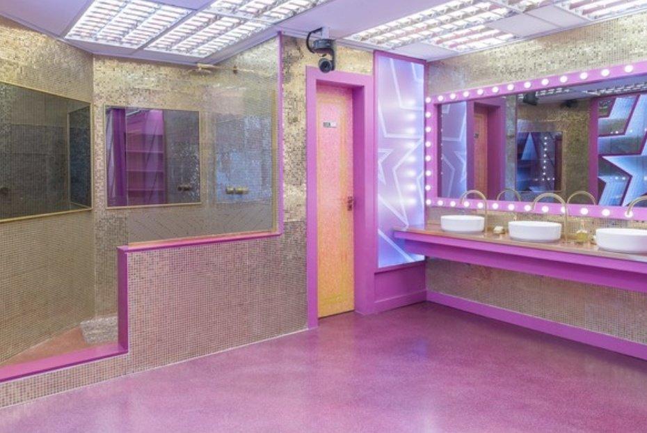 única parte bonita na casa é o banheiro  a viih tube vai amar demais   #bbb21