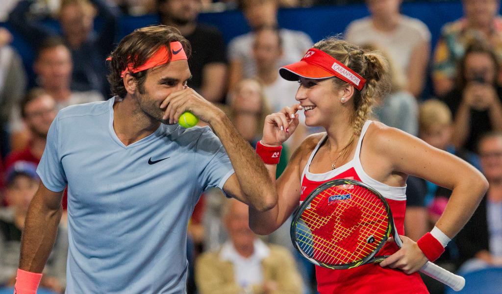 """Parceiros de Hopman Cup, Belinda Bencic se rendeu ao compatriota Roger Federer.""""Todo o mundo do tênis sente a falta de Roger. O tênis sem ele é mais triste. Espero que ele volte o mais breve possível e estou confiante de que isso acontecerá."""" #SET #SomosTenis #RogerFederer"""
