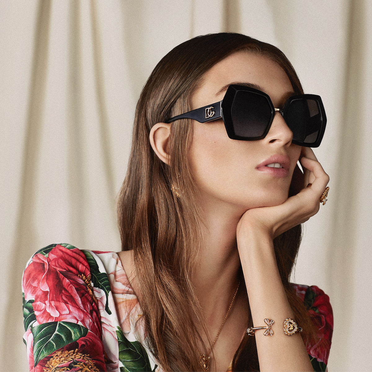 The #DolceGabbana Monogram sunglasses are made up of a black acetate frame and temples with gold metal details.  Discover the #DGEyewear at the link: