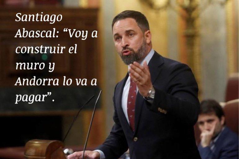 """@Santi_ABASCAL : """"Voy a construir el muro y #Andorra lo va a pagar"""". Se veía venir que la polémica de #Rubius  @Rubiu5 haría hablar a alguno de nuestros políticos. (oido en el bar) #humor #trump #vox #España #haciendasomostodos @erradoaragon  @vidamoderna @a_pinacho"""