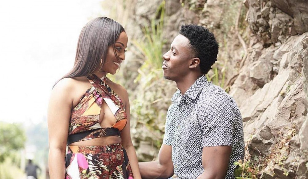 "#DYK that @RealRomainVirgo proposed to his wife in his music video ""in this together"" two years ago? #SweetVybz @kush_tracey @deejaykalonje @MajailMc #reggea"