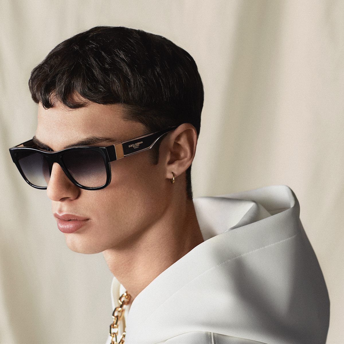 The #DolceGabbana sunglasses include refined gold details.  Discover the #DGEyewear at the link: